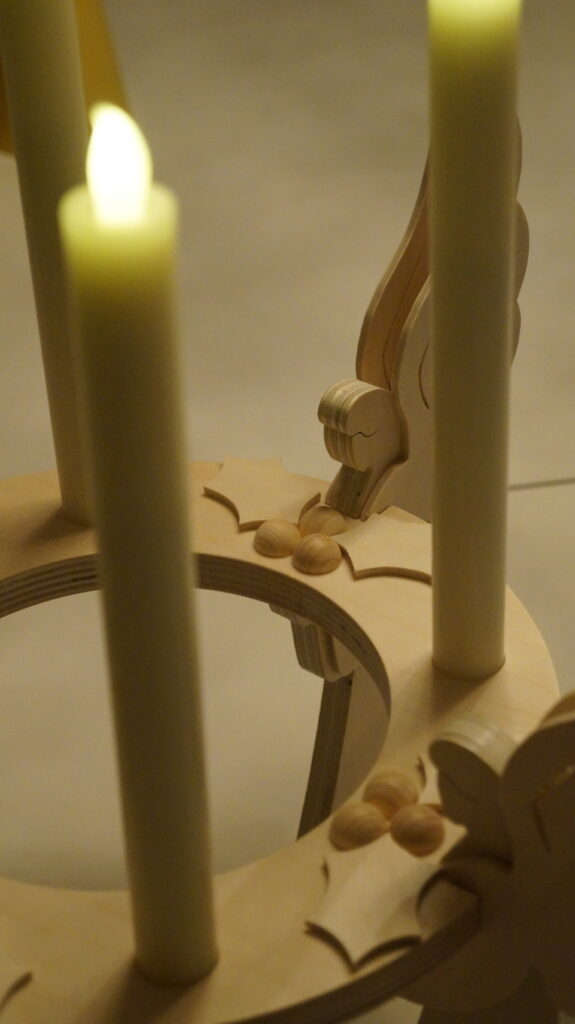 More details from the wooden advent wreath